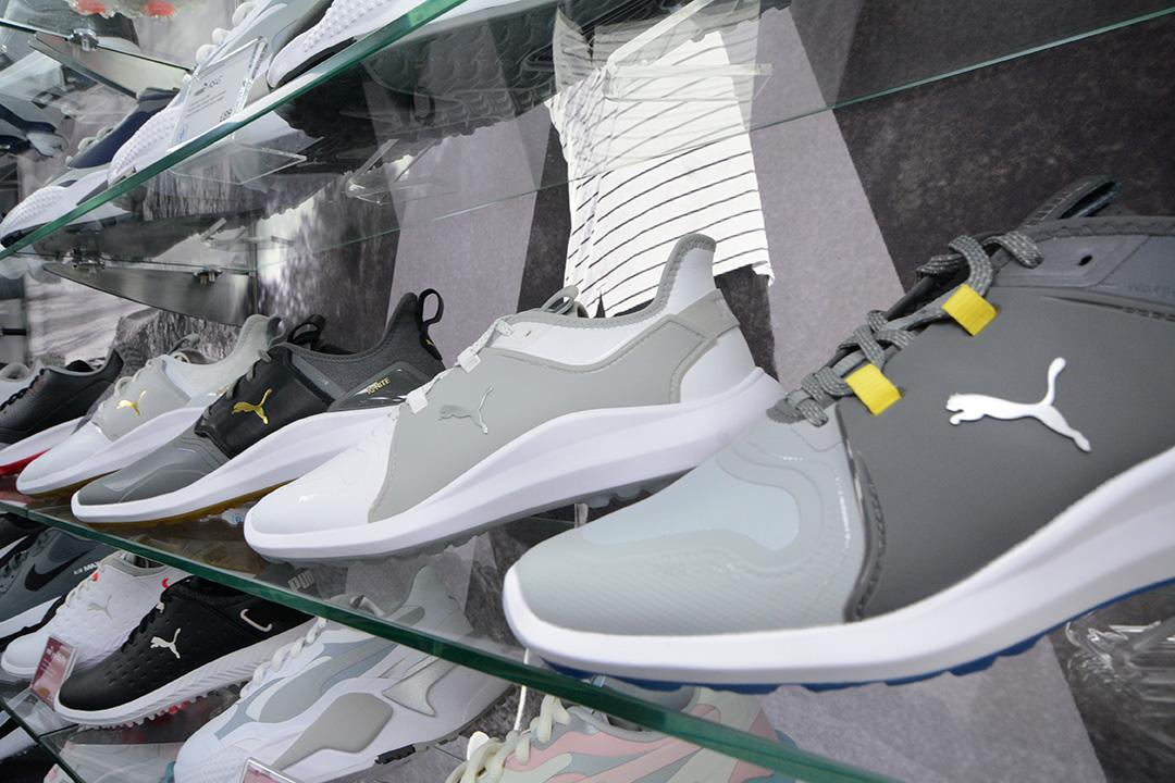 Junior Puma golf shoes