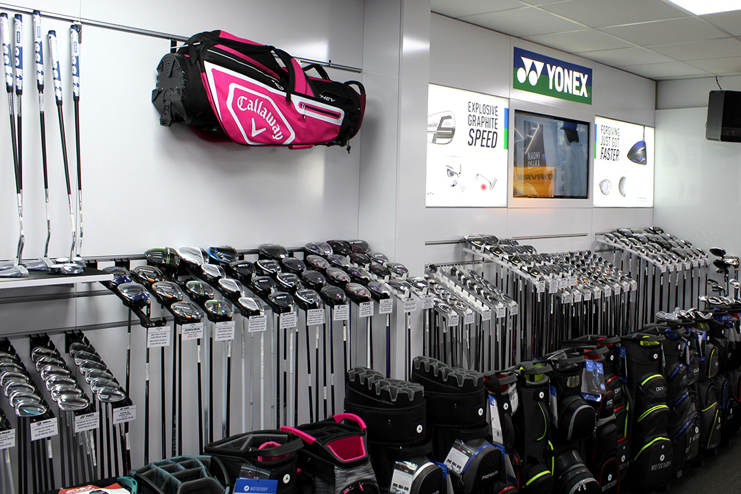Ladies Golf Equipment at Silvermere